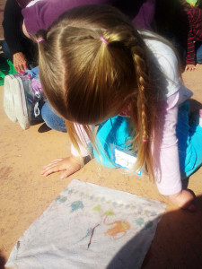 Nature for Toddlers :: Earth Worms!